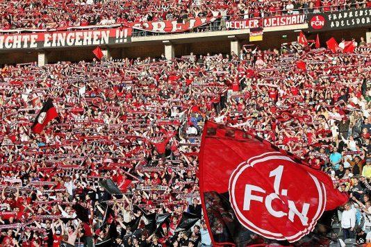 nurnberg-fans-bundesliga-play-off-2016