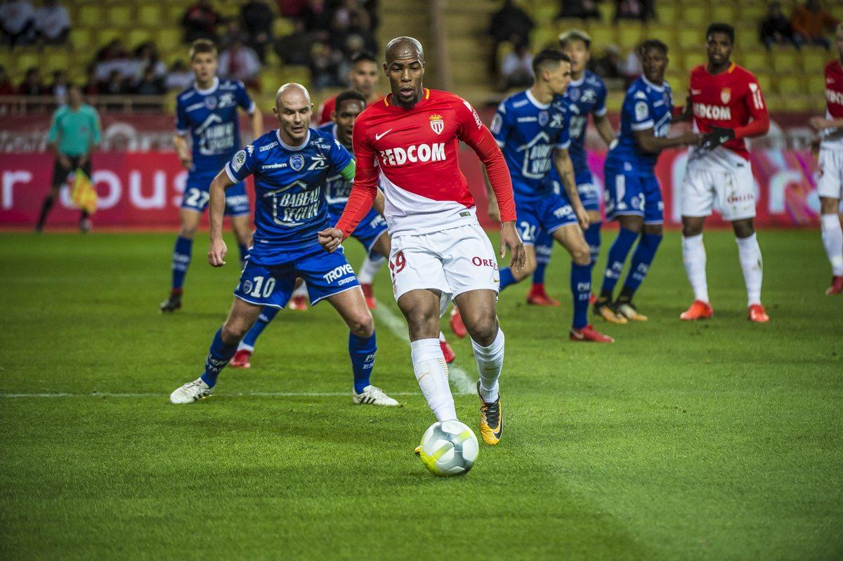 Sambata pariem pe goluri in Ligue 1! COTE de 1.46, 1.56 si 1.60 pentru partidele celor de la PSG, Monaco si Bordeaux